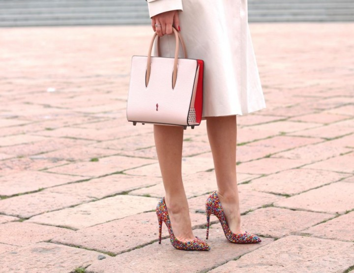 HOW TO MIX TRENCH AND CHRISTIAN LOUBOUTIN PUMPS FOR SPRING 2016